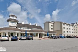 Suites Hotel
